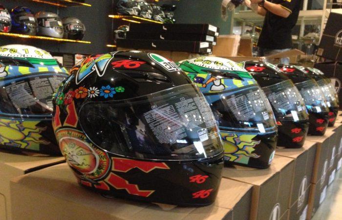 海外のヘルメットを安く買う